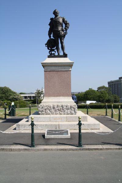 Denkmal von Sir Francis Drake